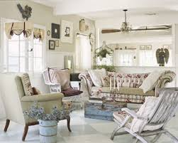 Give Your Family Room Coastal Cottage Style Smart Home Designs - Cottage style family room