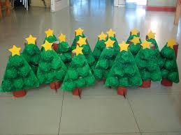 árvore de natal feito com caixa de ovo u2026 pinteres u2026