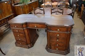 bureau en anglais ancien bureau style anglais troc en stock