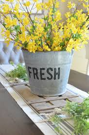 Tin Buckets For Centerpieces by Diy Bucket Of Flowers Spring Centerpiece