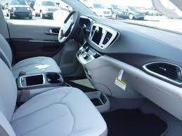 chrysler car interior chrysler the new future cars 2019 2020 chrysler pacifica interior