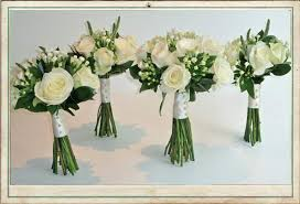wedding flowers for bridesmaids august wedding flowers can such a variation of colours and form