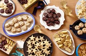 Plate Decorating Ideas For Desserts The Ultimate Holiday Cookie Plate 4 Essential Recipes Wsj