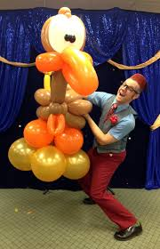 thanksgiving balloon show by smarty at geneva library