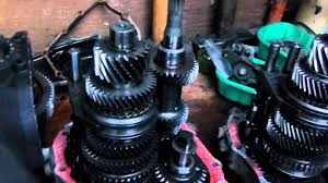 vauxhall zafira 1 6 16v petrol f17 gearbox transmission part 1 of