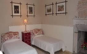 chambre d hote proche futuroscope chambres d hôtes dans château à poitiers près du futuroscope en