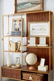 One Kings Lane Home Decor by Tour The New One Kings Lane Hamptons Store Instyle Com
