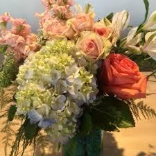 floral delivery cedarburg florist flower delivery by la tulipe llc