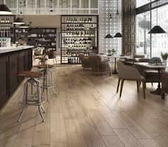 carrelage imitation parquet cuisine cuisine bois clair source d inspiration le carrelage imitation