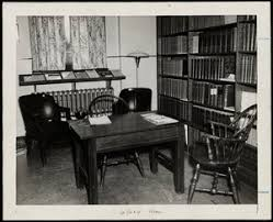 Library Reference Desk Librarian In Faulkner Hospital Ingersoll Bowditch Medical Library
