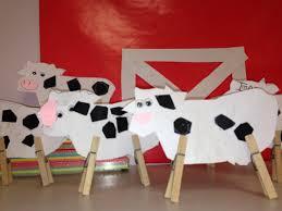 easy cow craft for farm unit preschool ideas pinterest
