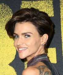 how to get ruby rose haircut ruby rose hairstyles in 2018
