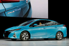 how toyota prius works toyota works to develop advanced electric car battery