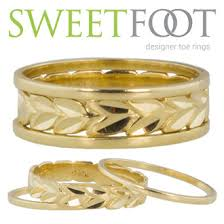 double toe rings images Sweetfoot custom fitted toe ring 14k gold maile stack 14k accent jpeg