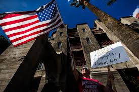 Johns Flags Riverside Will Tea Party Style Opposition Work For Anti Trump Groups Like