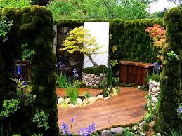 Unique Home Garden Designs For Your Inspiration - Home gardens design
