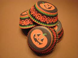 halloween cupcake liners 75 premium pumpkin halloween cupcake wrappers baking cups