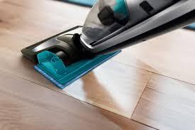 Vacuum For Laminate Wood Floors Powerpro Aqua Cordless Rechargeable Vacuum Cleaner Fc6409 61 Philips