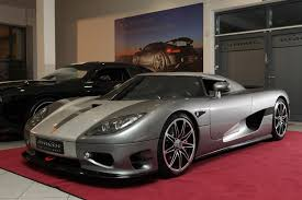 koenigsegg christmas this 891hp koenigsegg ccr evolution a home