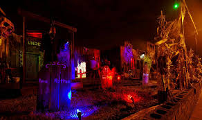 halloween yard decor