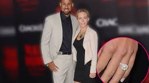 kendra wedding ring bling for fling kendra wilkinson demanded new diamond ring from