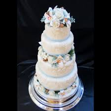 classic wedding cakes classic wedding cakes vintage and retro wedding cake designs