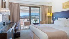 chambre king size chambre luxe avec lit king size mybed et vue sur le golf