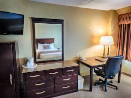stay in one of our luxurious poughkeepsie grand hotel rooms