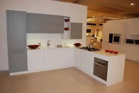 Cucine Componibili Ikea Prezzi by Cucina Astra Cucine Old Line Moderno Laccate Opaco Bianca Cucine