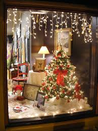 Christmas Window Decorations To Cut Out by Best 25 Christmas Window Display Ideas On Pinterest Winter