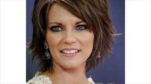 casual hairstyles for dry hair short haircuts for wavy frizzy hair