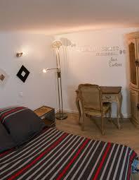 chambre d hote ventabren chambre intemporelle au bord de l arc demeure de charme à