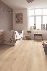 Bevelled Laminate Flooring Quick Step Laminate Flooring Creo U0027tennessee Oak Light Wood