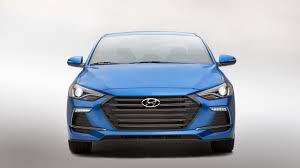 2017 hyundai elantra sport revealed with manual gear drivers