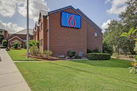 Hotels Near Fiesta Texas Six Flags San Antonio Motel 6 San Antonio Medical Center South Usa Deals From 45 For