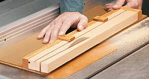 How To Use Table Saw Table Saw Online How To Use A Table Saw Taper Jig