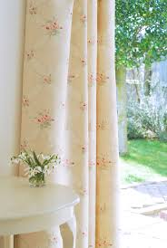 Fabric Window Shades by 69 Best Curtains And Blinds Images On Pinterest Curtains