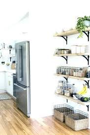 etagere cuisine etageres de cuisine petites actagares ouvertes dans un angle de la