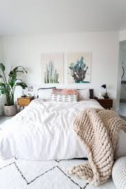 White Bedroom Pop Color Best 25 White Bedrooms Ideas On Pinterest White Bedroom White