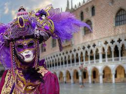 carnevale costumes beautiful venetian masks and costumes for carnevale on la