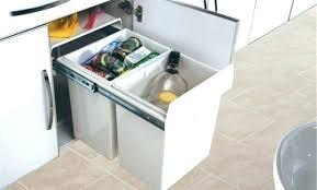 meuble poubelle cuisine meuble cache poubelle cuisine bien poubelle en bois cuisine