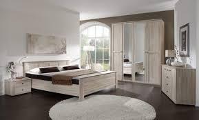 chambre a coucher chene massif moderne décoration chambre contemporaine chene 72 aulnay sous bois