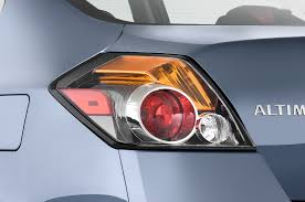 nissan altima airbag light 2010 nissan altima reviews and rating motor trend
