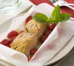 cuisiner les tomates cerises papillotes de saumon et tomates cerises maggi