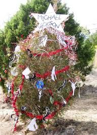 christmas hillside tradition continues in austin texas