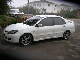 lancer mitsubishi white 2005 mitsubishi lancer specs and photos strongauto