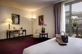hotel chambre avec terrasse l hôtel du collectionneur arc de triomphe chambres