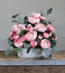 seven easy steps to breathtaking flower arrangements