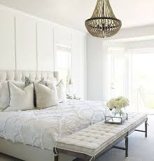 Bedroom Chandelier Ideas Best 25 Master Bedroom Chandelier Ideas On Pinterest Bedroom