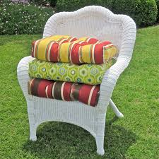 Patio Chairs With Cushions Blazing Needles 19 X 19 In Outdoor Wicker Chair Cushion Hayneedle